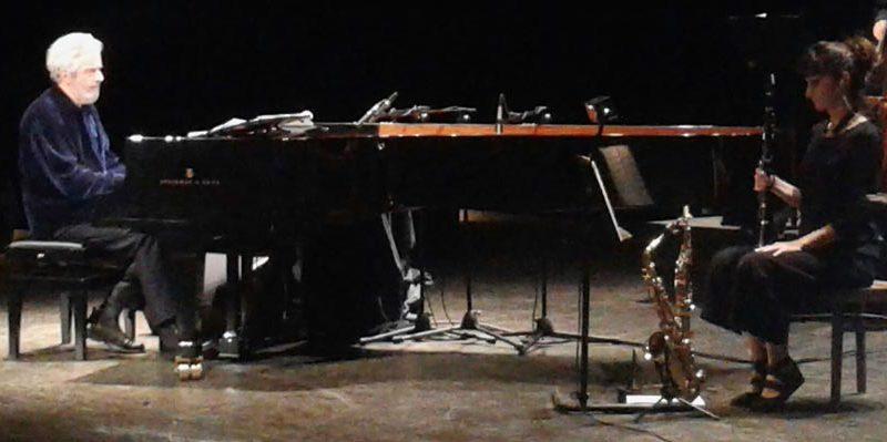 PESARO / Al Teatro Rossini il Maestro Nicola Piovani ha offerto una grande lezione di arte musicale