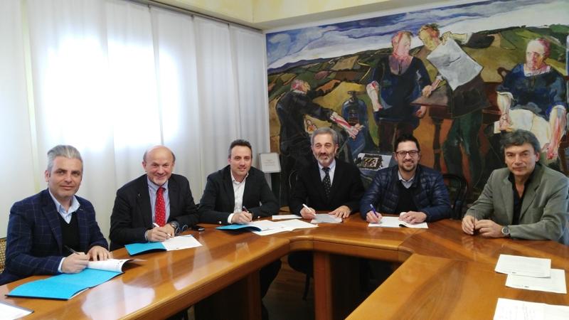 Nuovi sportelli immigrazione per l assistenza nelle for Questura di ancona permesso di soggiorno