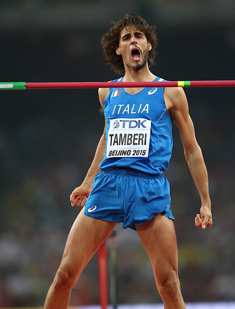 Tamberi salta 2,35: nuovo record italiano indoor
