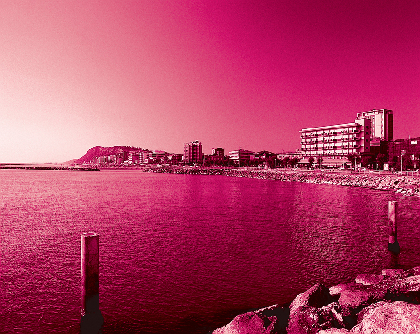 Venerdì la Notte Rosa, il Capodanno estivo della Riviera