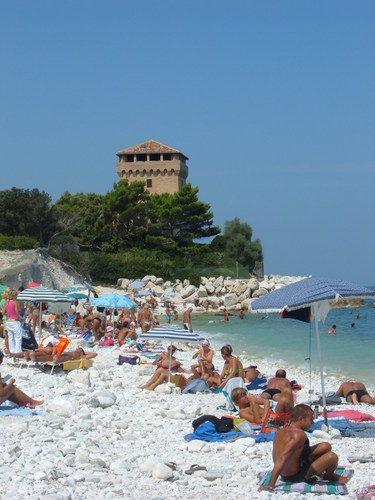A Portonovo e Sirolo il mare marchigiano più bello del 2016