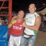 La boxe sotto le stelle piace: tanta gente a Porto Recanati