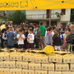 Frutta e miele della Coldiretti per il ritorno a scuola dei bimbi di Arquata del Tronto