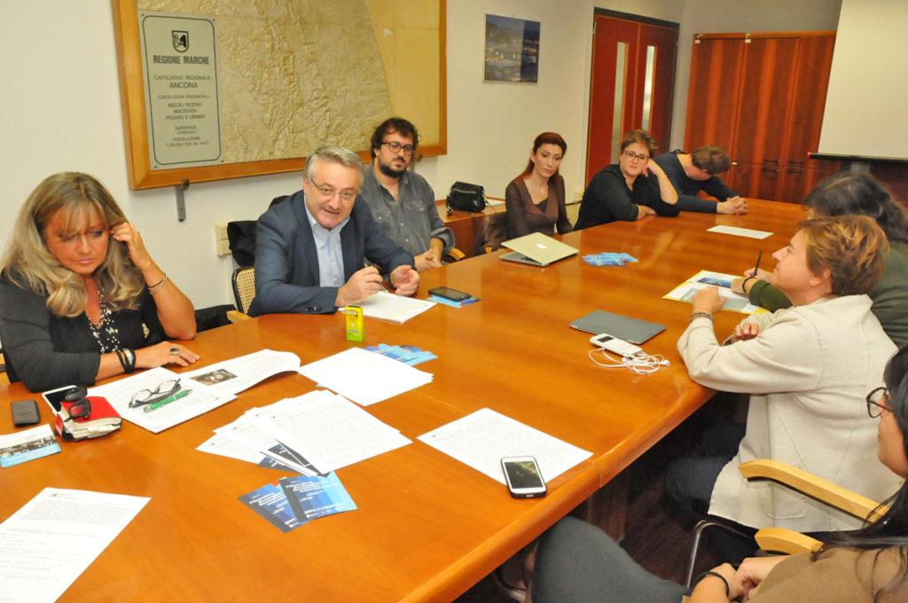 Presentati in Regione i corsi organizzati da OffiCine Mattòli di Tolentino