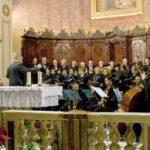 La corale Santa Cecilia di Montecosaro canta nella basilica di San Pietro