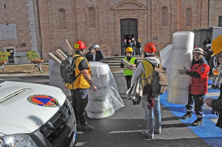 Iniziato il recupero delle opere d'arte colpite dal sisma