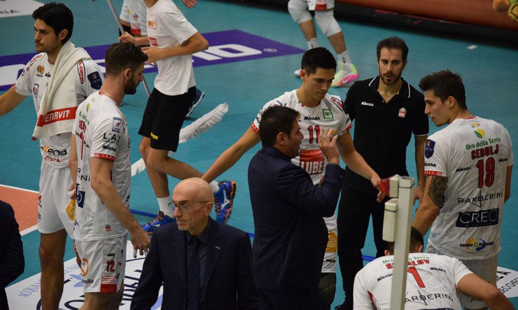 Netta vittoria anche a Vibo Valentia (3-0): la Lube Civitanova sempre in vetta