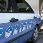PESARO / Importuna la titolare di un bar e due cameriere, denunciato dalla polizia