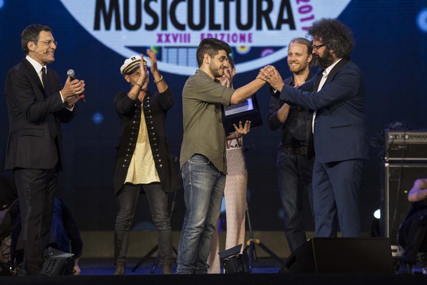 Mirkoeilcane trionfa a Musicultura 2017: oltre due milioni di telespettatori su Rai 1