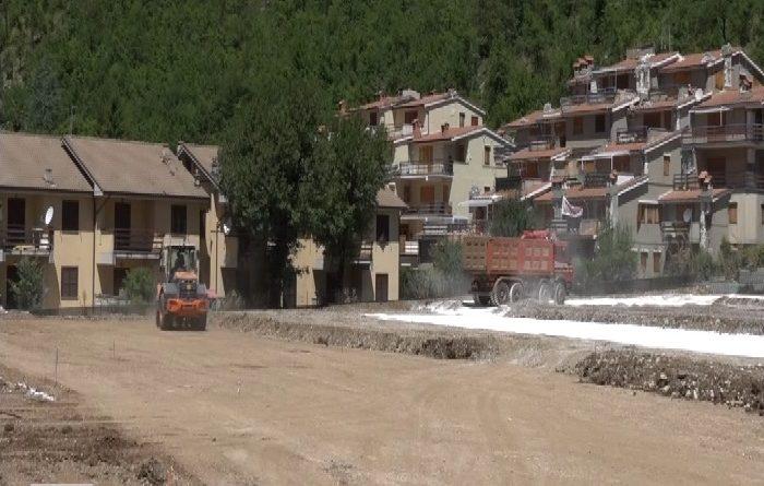 A due anni dal terremoto non sono ancora arrivati i fondi per adeguare scuole e case