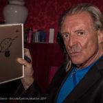 Le star internazionali in campo per i terremotati delle Marche,all'asta dieci iPad autografati