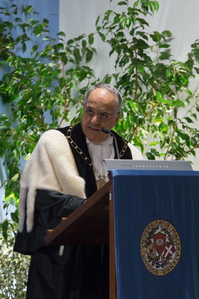 Don Vinicio Albanesi, laureato honoris causa, Università di Macerata, Pedagogia, lezione di vita,