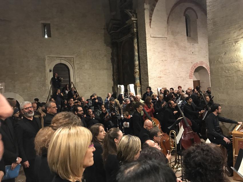 Requiem, Abbazia di Fiastra, Orchestra Filarmonica Marchigiana,