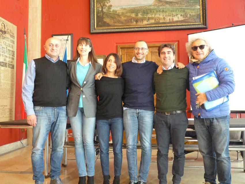 """Ricci lancia a Pesaro le """"Strapanoramiche"""", un'altra iniziativa per far rifiorire il San Bartolo devastato dall'incendio"""
