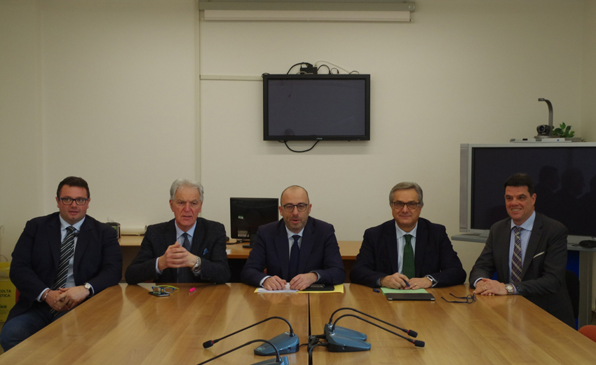 Rinnovato l ufficio di presidenza del consiglio regionale for Ufficio di presidenza