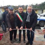 Altro piccolo passo avanti nel post terremoto: a San Ginesio consegnate 12 casette ed inaugurata la nuova sede del Comune