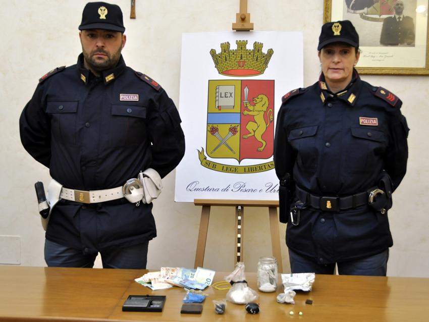 Operazione antidroga della polizia a Pesaro, arrestati due pugliesi