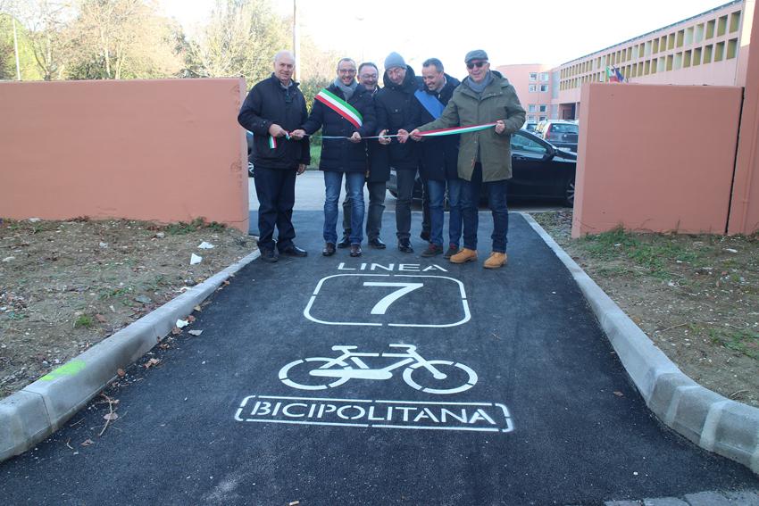 A Pesaro Ricci e Belloni inaugurano ciclabile e parcheggio al Campus