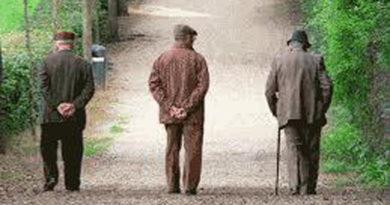 """Basta con il """"burocratese"""": facciamo i tamponi agli anziani delle case di riposo entrati in contatto con persone positive"""