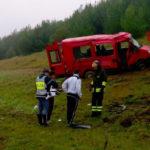 Minibus finisce fuori strada mentre percorre l'A14, feriti i nove occupanti