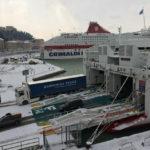 Dopo lo stop per la neve dal porto di Ancona ripartono tre traghetti