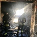 Mansarda in fiamme in una palazzina di Montegranaro