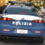 Quattro nigeriani richiedenti asilo denunciati a Pesaro dalla polizia per rapina e minacce