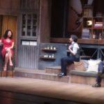 A testa in giù, in scena al Teatro Rossini di Pesaro una stupenda commedia con Paola Minaccioni ed Emilio Solfrizzi