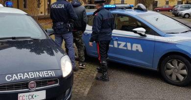 Ruba un furgone a Pesaro, trentaduenne polacco arrestato in Romagna dopo un lungo inseguimento