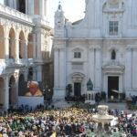 """Storica visita di Papa Francesco a Loreto """"la casa dei giovani"""""""