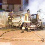 Due auto in fiamme nella notte: paura ad Ancona