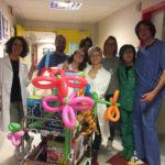 Un carrello pieno di giochi nella corsia della Cardiochirurgia Pediatrica e Congenita di Ancona