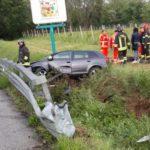 Due ragazzi feriti a Castelfidardo nell'auto finita in un campo, interviene l'eliambulanza