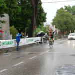 Ciclismo sotto il diluvio, a Vallefoglia si impone Garofoli
