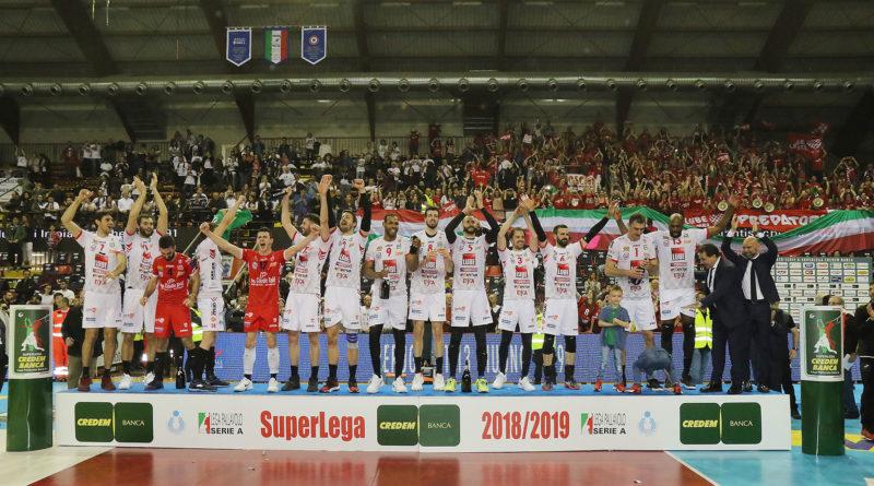 Con una storica rimonta a Perugia (3-2) la Cucine Lube Civitanova è campione d'Italia per la quinta volta