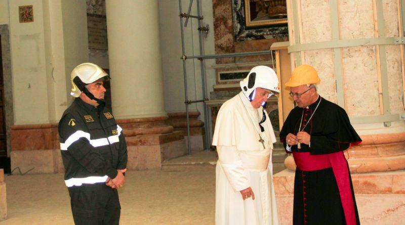 La grande soddisfazione dell'arcivescovo Massara dopo la visita a Camerino di Papa Francesco