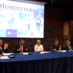 Saranno Enrico Ruggeri e Natasha Stefanenko a condurre le tre serate finali di Musicultura all'Arena Sferisterio