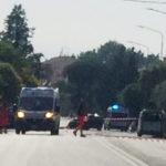 Tre morti e due feriti a Pesaro in un tragico schianto sulla Statale Adriatica
