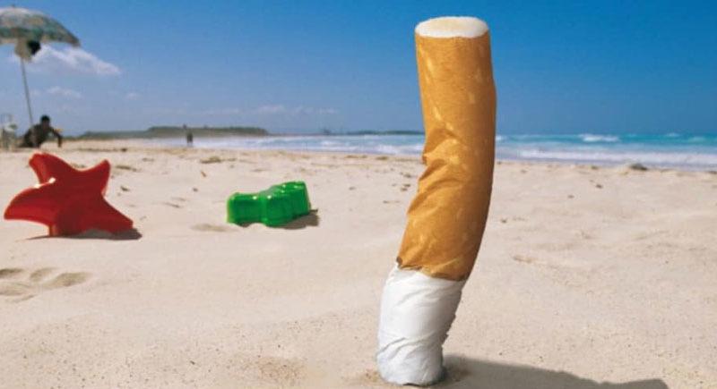 """Ricci sposa la crociata antifumo sulle spiagge: """"Pesaro smoke free beach dal 15 luglio"""""""