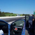 Provvidenziale intervento degli agenti della Polizia stradale che sventano un suicidio in autostrada