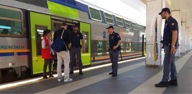 Gli agenti della Polizia ferroviaria hanno intensificato i controlli: più di mille persone identificate nell'ultima settimana