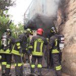 Incendio questa mattina a Camerano in un casolare disabitato