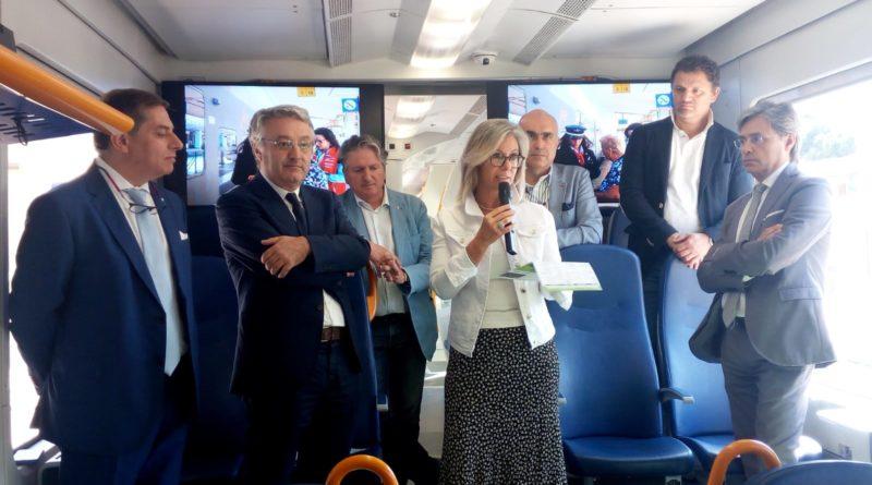 Viaggia con noi, un treno da Ancona a Macerata per raccontare la mobilità nelle Marche