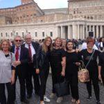 Due cori pesaresi in Vaticano cantano durante la messa di papa Francesco