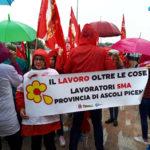 Troppi esuberi dopo l'accordo Conad-Auchan: scatta la protesta dei lavoratori