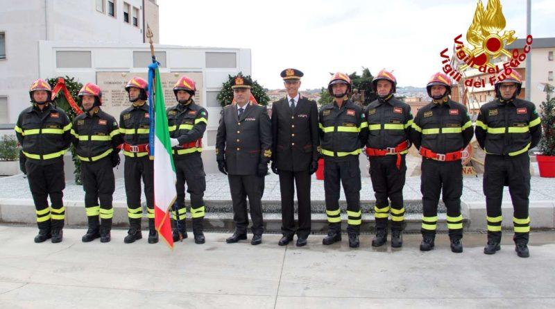 Marina militare e Vigili del fuoco hanno celebrato ad Ancona la patrona Santa Barbara