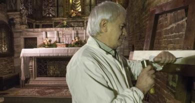 La sacra scritta nell'Altare nella Santa Casa di Loreto riscolpita dal Maestro Màlleus