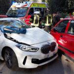 Una donna ferita in uno schianto tra due auto alla periferia di Osimo