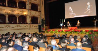 """Ad Andrea Bocelli il """"Picchio d'oro 2019"""" della Regione Marche"""