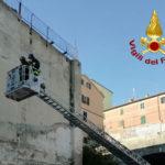 Rimosse ad Ancona parti pericolanti di un muro vicino alla galleria di San Martino